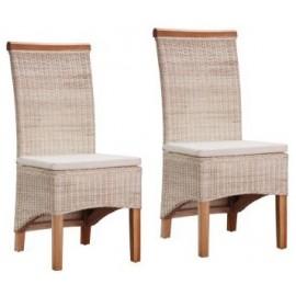 Chaise blanchie en rotin avec coussin