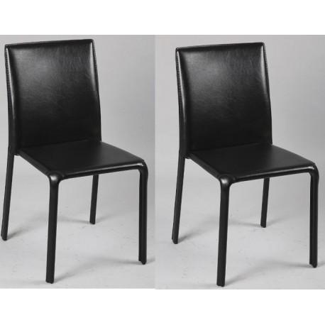 Chaises noires sur roulettes